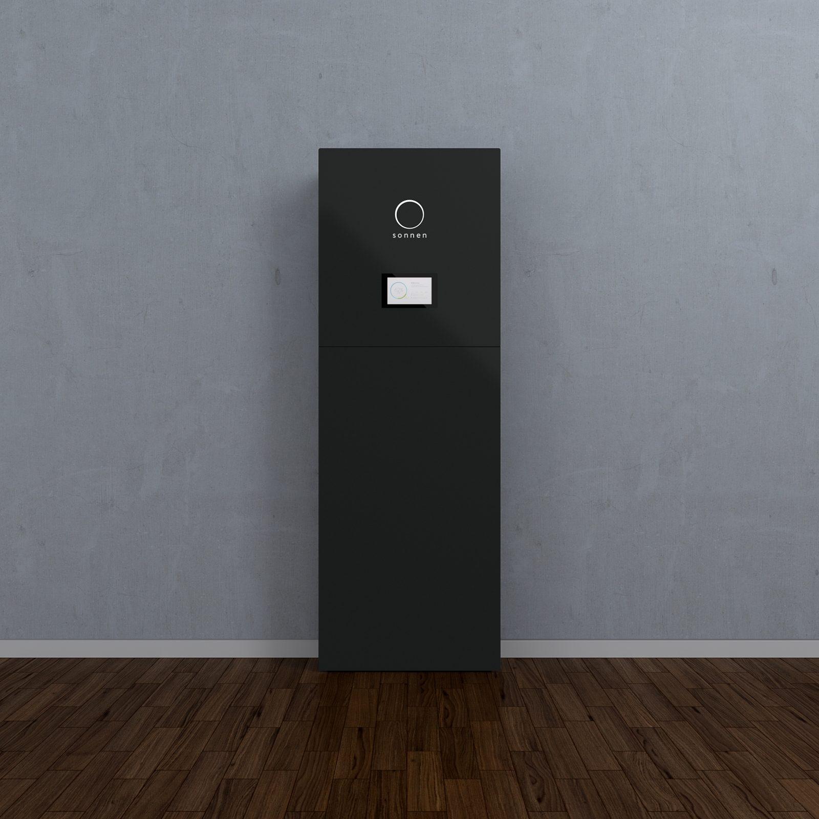 sonnenbatterie_8_16_front_black_d-1