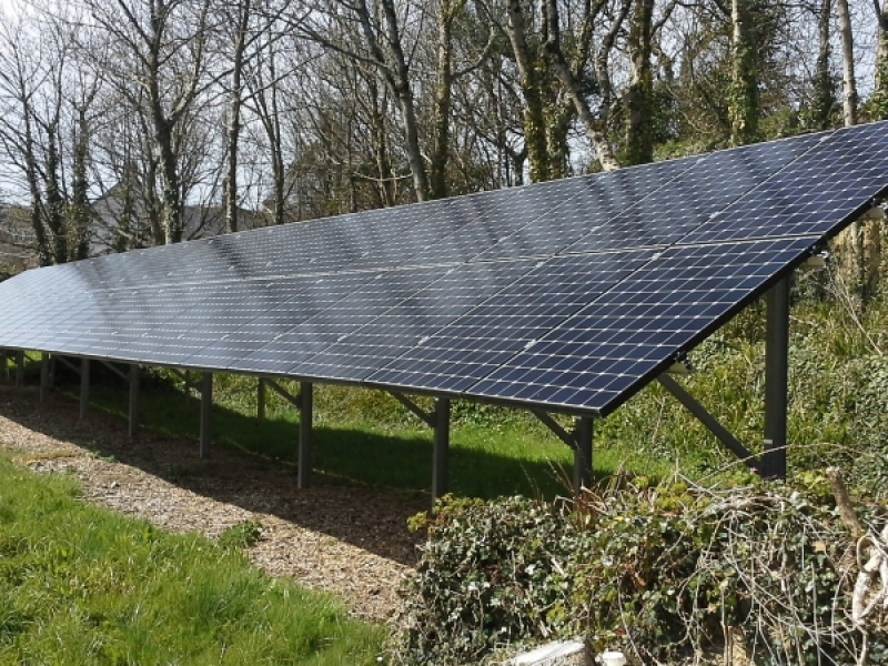 ground-mounted-solar-panels-mono-frames